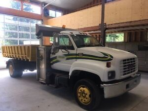 1999 GMC 6500 multi lift