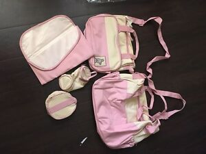 5-piece diaper bag/travel and changing