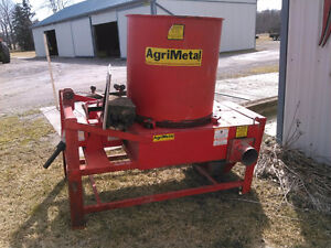 Agrimetal small bale chopper
