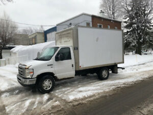 Ford E350 2012 Cube Sans inspection 12pied