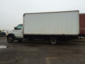18 Foot Moving Truck London Ontario image 1
