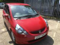 Honda Jazz 1.4 SE ,NEW MOT, LOW MILES FOR YEAR,BRIGHT RED,ECONOMICAL
