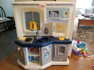 "Little Tykes ""Kenmore"" kitchen with accessories"