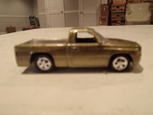 Loose Gold Metallic 1999 '99 DODGE RAM SST by JOHNNY LIGHTNING
