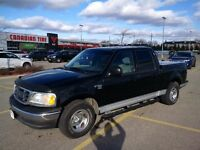2003 Ford F-150 XLT Supercrew, Snow Tires *VERY WELL MAINTAINED*