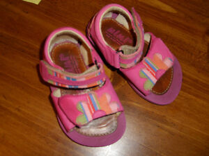 Good Quality Girl's Sandals (Mimi) - size 19 (approx size 3.5-4)