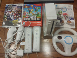 Nintendo Wii Console with Nunchucks controllers and games! $120