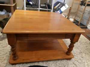 Solid oak wood hand crafted coffee table set