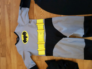 Kids (toddler) size 2-3 Batman costume