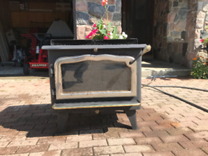 Wood Stove - Air Tight - Free Standing