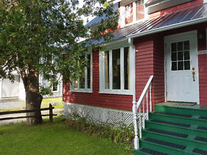 Lovely Vacation Studio in the Heart of Bucolic North Hatley, QC