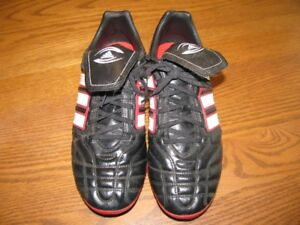 ADIDAS  REGULATE  RUGBY  SHOES