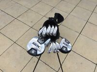 Set of golf clubs, bag, balls and tees + shoes size 43/9