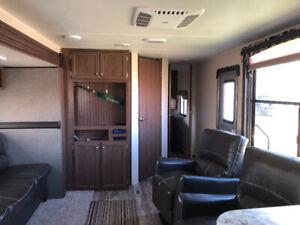 2016 Pioneer Camping trailer