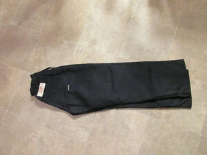 Stihl chainsaw pants x2 pair (1pr $50, 1 pr $75) NAVY