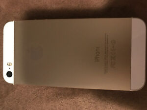 IPHONE 5s PERFECT CONDITION, NO SCRATCHES