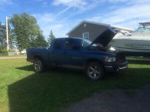 2005 Dodge Power Ram 1500 Blue Pickup Truck