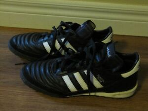Indoor Soccer Shoes - Men's