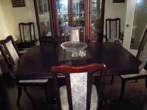 REDUCED - 8-piece solid cherry dining set Kitchener / Waterloo Kitchener Area image 1