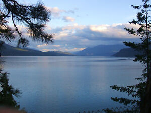 Lakefront home on half acre on Kootenay Lake