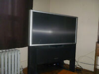 46' HDTV projection With built in stand (has HDMI)