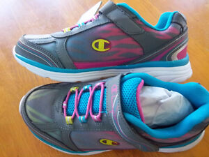 Brand new Running Shoes Kitchener / Waterloo Kitchener Area image 3