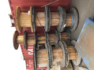 Empty cable spools