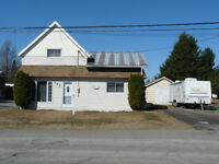 TRUE VALUE! DETACHED 3 BEDROOM HOME! 66X198 POOL SIZED LOT!