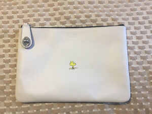 Coach X Peanuts Woodstock White Leather Medium Folio Clutch
