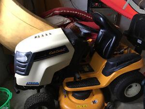 Tracteur à Gazon Club Cadet LTX 114 2006