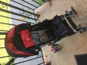 Kolcraft travelling/umbrella stroller in excellent contition.
