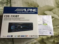 Alpine CDE-193BT (2 months old cost £140)