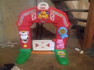 TONS OF TODDLER TOYS! MUST SEE! MOVING & NEED GONE ASAP!