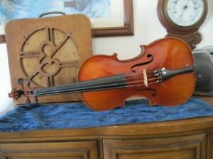 100 year old French violin 4/4 - mint condition!