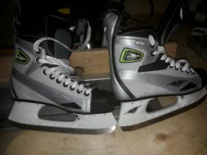 Junior skates