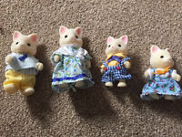 Sylvanian family of cats c4
