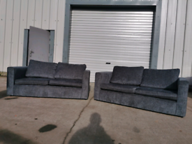 Grey fabric 2x2 seater sofas couches suite 🚚🚚