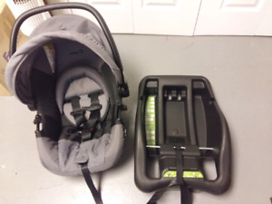 Safety 1st Infant Carseat
