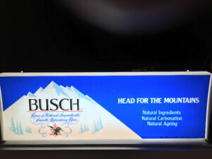 Vintage Lighted BUSCH BEER Bar Sign, very good condition.