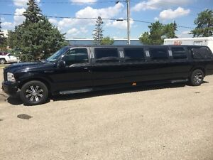 2005 Ford Excursion Limo
