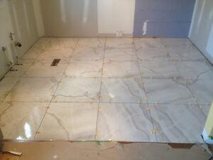 Rénovation de salle de bains cuisine sous-sol. Escalie. Plancher