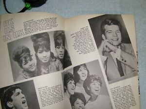 BEATLES  1965 VALENTINE BOOK FROM ENGLAND London Ontario image 7