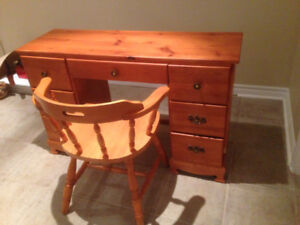 Pine wood desk and chair