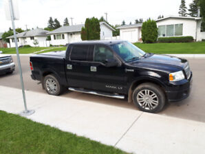Hard to find. Low kms Lincoln Mark LT