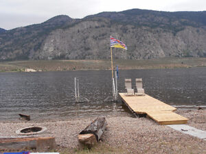 Lakefront Osoyoos Private RV/1 room cabin