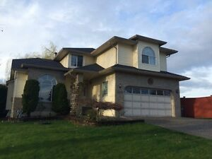 Executive Home with 4 Bdrm+Den in Brookside---141 & 84A Ave (Sur