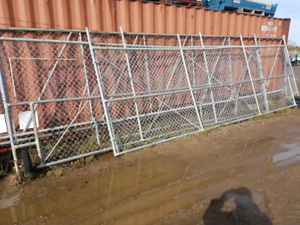 40 ' double swing chain link gates