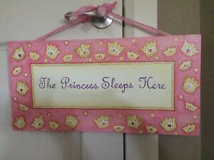 Girls canvas wall decor - princess