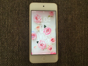 iPod Touch 6th Generation 64GB *GOLD*