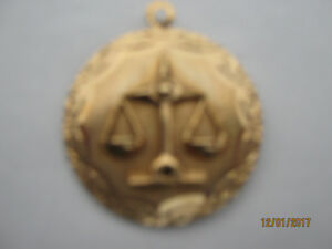 Scales of Justice 10cts Gold Pendant (NEW)